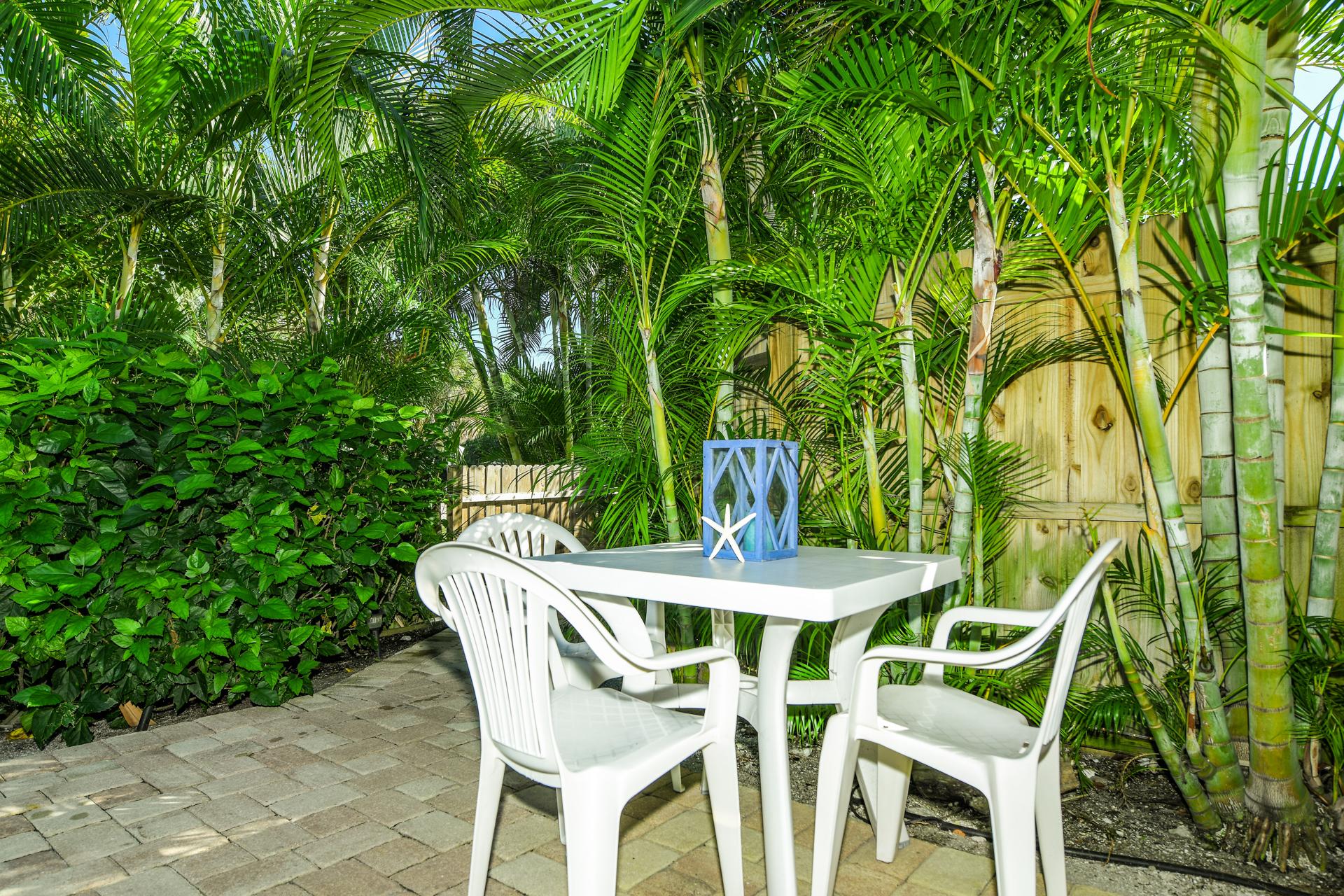 Coconut Cottage #4 - AMI Locals
