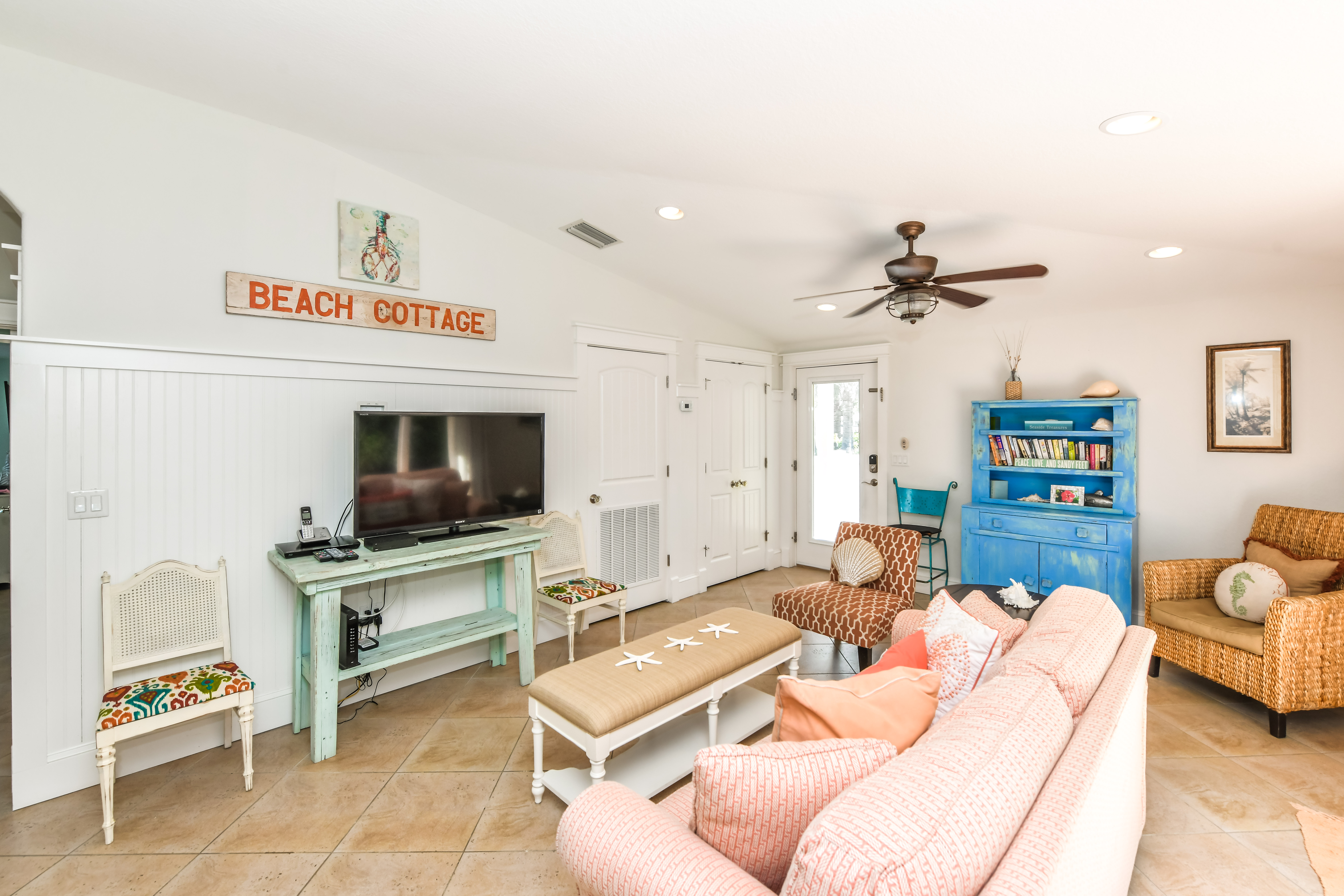 Coral Cottage - AMI Locals