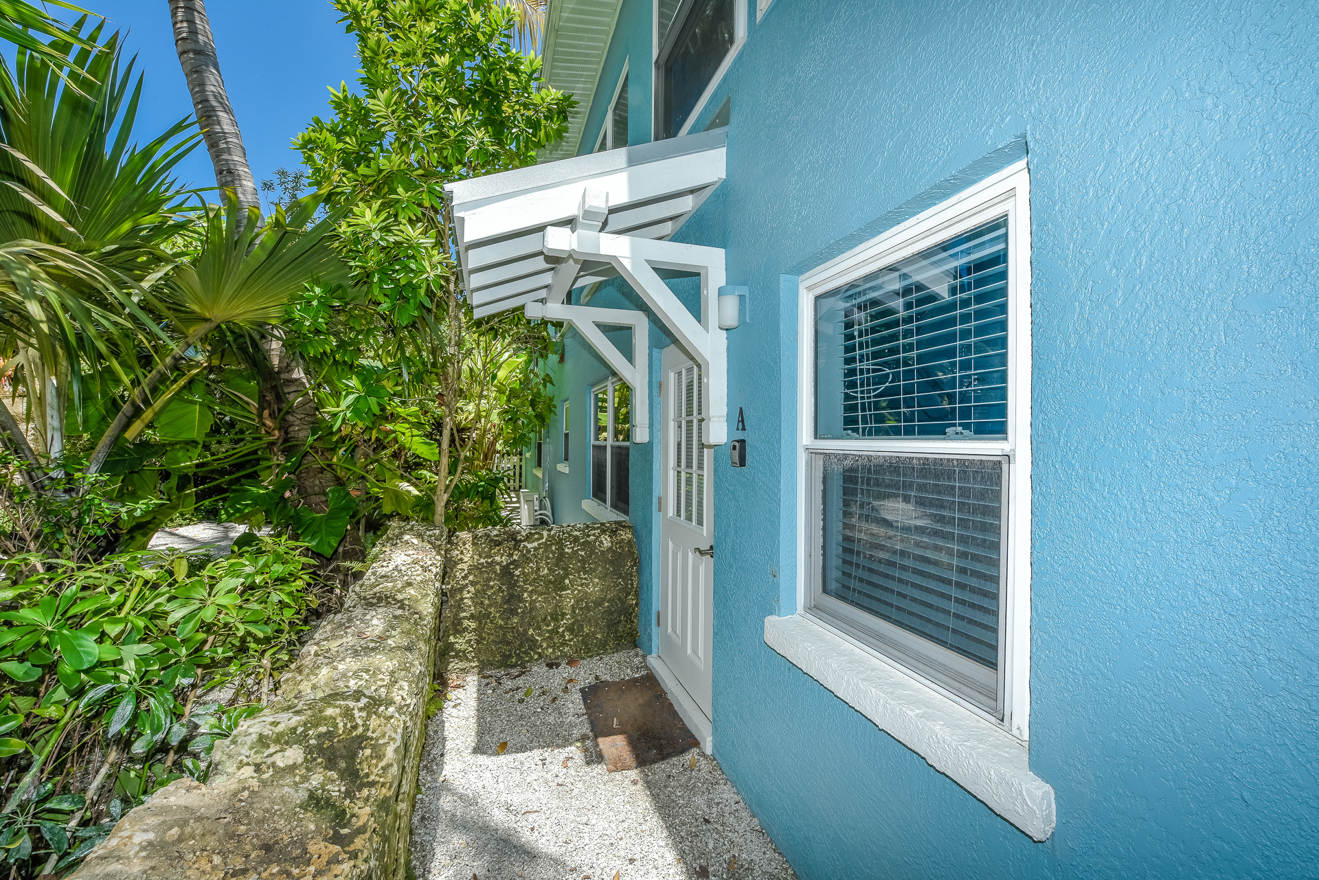 The Tiki - Apartments - AMI Locals