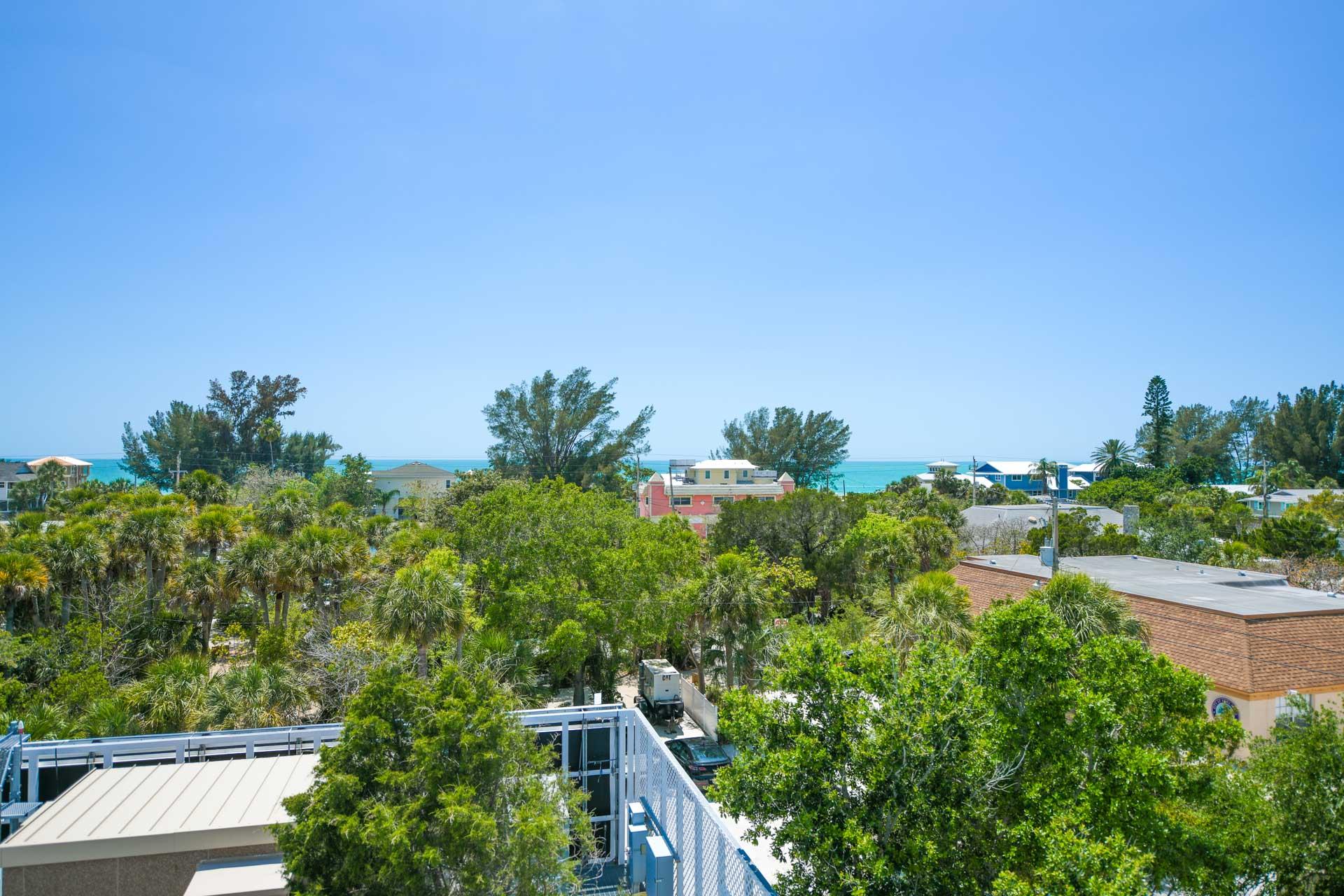 Anna Maria Beach House - AMI Locals